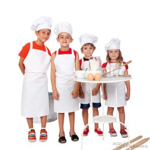 Pack Infantil gorro + delantal niño blanco, con bordado Chef + nombre  Ref:PACKINF2